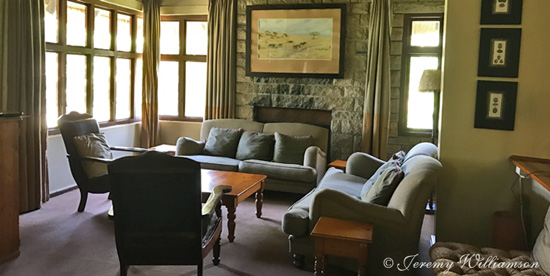 Mtwazi Lodge Lounge Exclusive Use Self Catering Hluhluwe iMfolozi Game Reserve KwaZulu-Natal South Africa